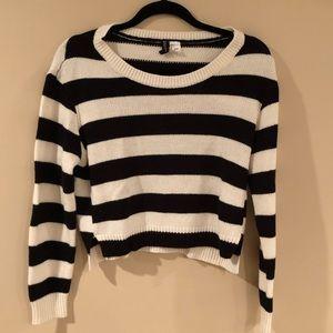 H&M black & white striped cropped sweater